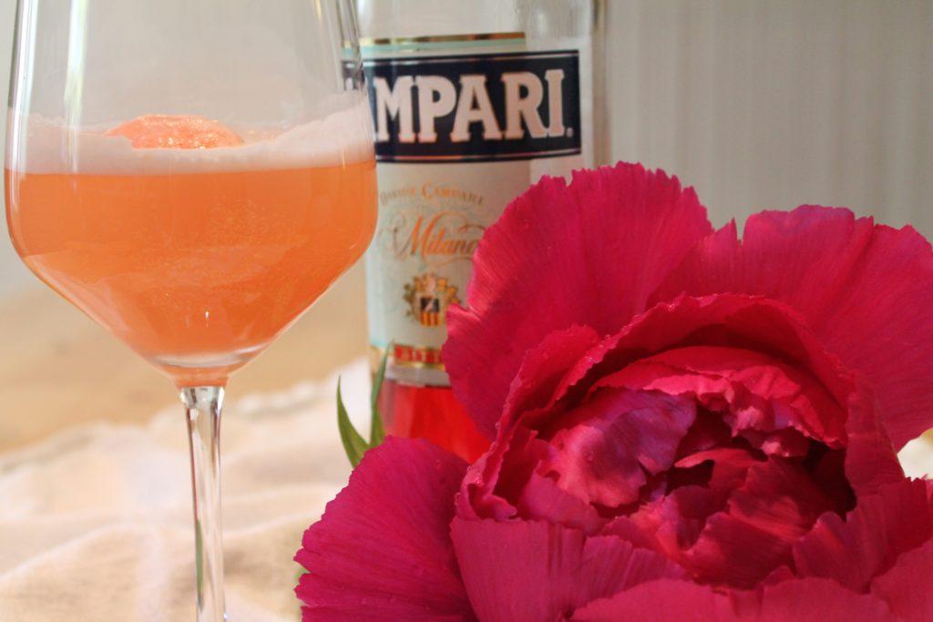 Grapefruit-Campari-Sorbet mit Cremant