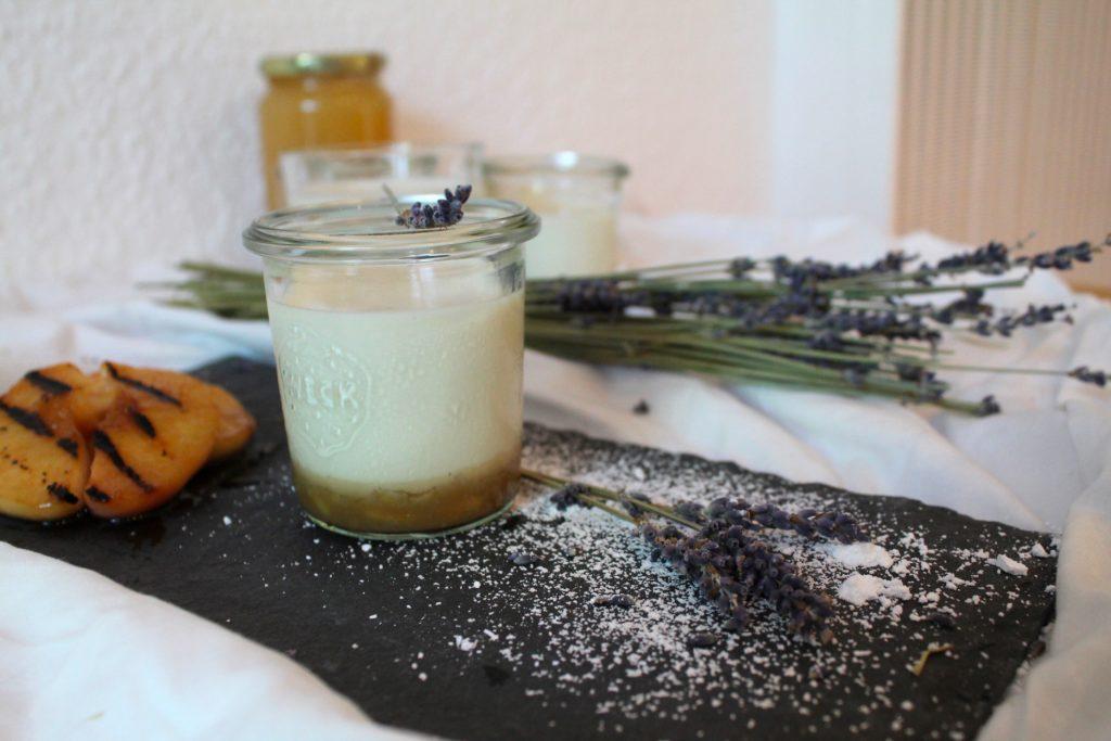 Lavendel-Panna-Cotta
