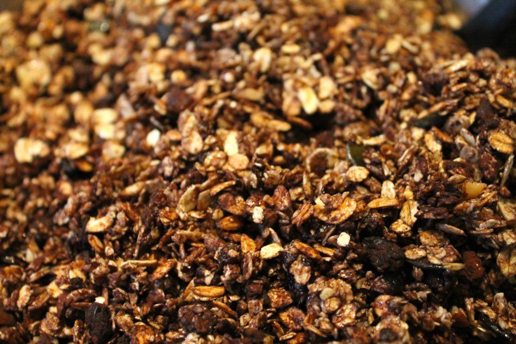 Die Granola-Masse vor dem Backen